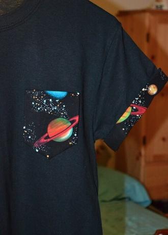 pocket t-shirt pocket t-shirt space galaxy print t-shirt pocket tee cuffed sleeve t space pocket saturn saturn shirt saturn pocket cuffed sleeves t-shirt black galaxy shirt planets print
