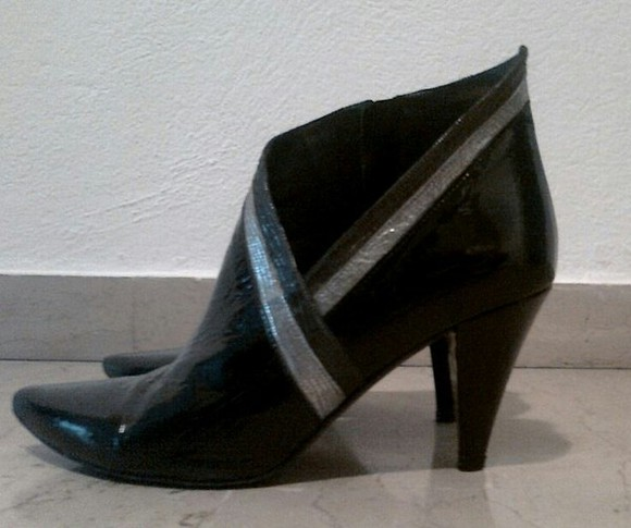 shoes ankle boots black and silver salvador sapena