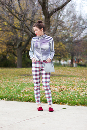 sequins and stripes,blogger,bag,jewels,stripes,turtleneck,tartan,pants,slippers,striped turtleneck,striped top,printed pants,loafers,red shoes,fall outfits,red loafers