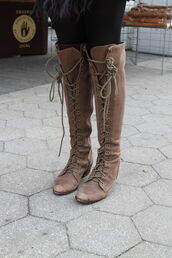 shoes,boots,botas,bottes,chaussures,zapatos,lace up,tie up,heels,flats,high,tall,knee high,cross lace,brown,rustic,vintage,outdoors,scuffed,witch,wicca,fall outfits,bohemian boots,over the knee boots,knee high boots,lace up boots,brown boots