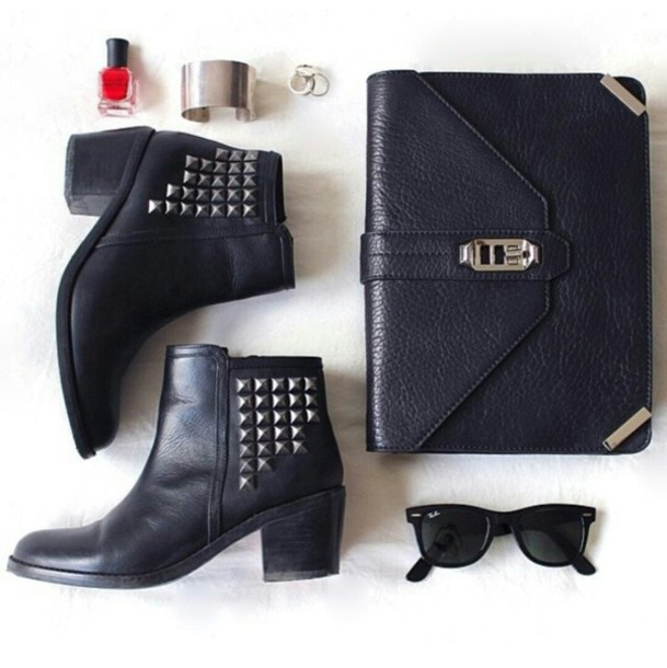 shoes cute shoes black boots black shoes ankle boots black ankle boots studded booties handbag bracelets sunglasses stylish style style trendy trendy trendy trendy fashion blogger blogger blogger blogger fashionista fashionista on point clothing