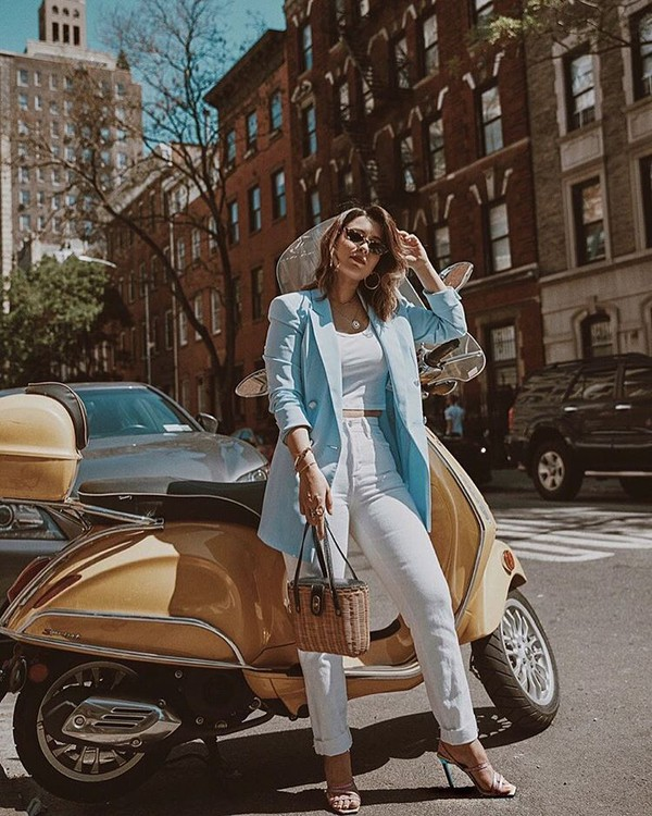 pants white pants topw top white top blazer blue blazer shoes pumps sunglasses bag