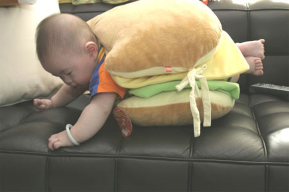hamburger sweater asian baby