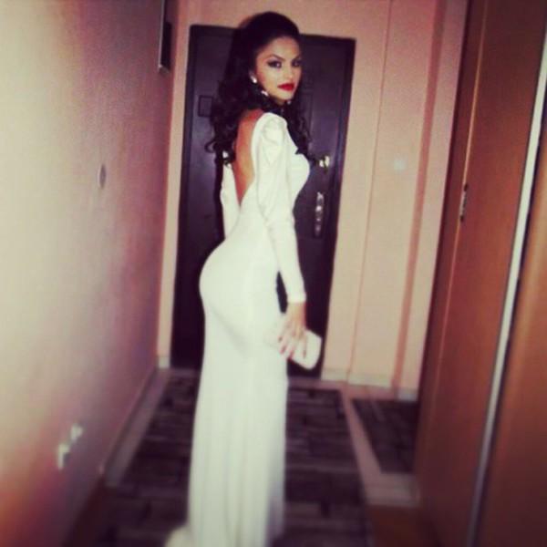 Scoop back dress long sleeve
