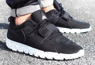shoes black shoes nike running shoes nike shoes nike shoes womens roshe  runs love tumblr shoes