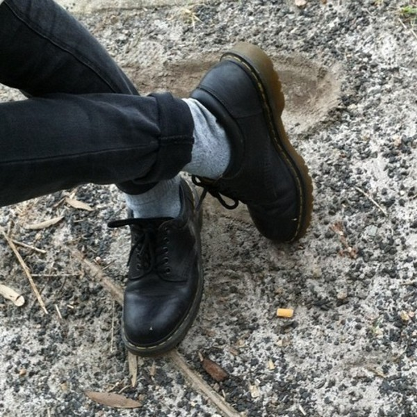 shoes boots black black shoes vintage vibes indie hipster tumblr cool rad
