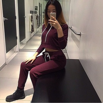 shirt jumpsuit sweatpants sweats burgundy girl joggers hoodie cropped hoodie timberland boots tumblr outfit tumblr sweatsuit set timberlands matching set dope cool nice tracksuit sweater maroon/burgundy