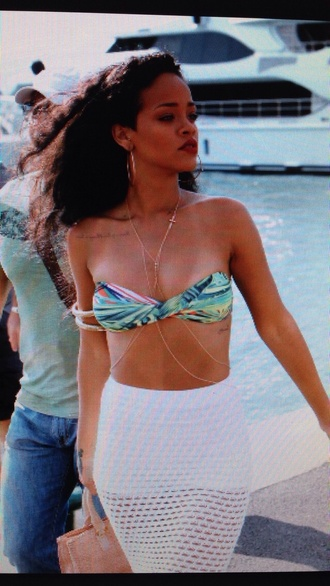 skirt bikini rihanna rihanna swimsuit jewels blouse piercing chain body body chain belly belly chain belly buttom navel belly piercing beach tattoo