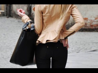 jacket caramel coats camel leather jacket leather brown beige ruffle peplum peplum jacket skinny jeans skinny pants black jeans black pants black bag zip big black bag leather bag