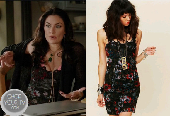 jewels necklace dress witches of east end clothes tv series