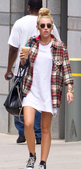 blouse flannel flannel shirt white miley cyrus bun starbucks coffee