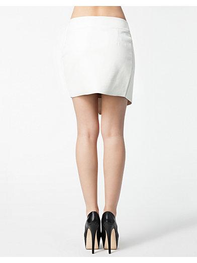 Plee Asymetric Skirt - Rut&Circle - Creme - Nederdele - Tøj - Kvinde - Nelly.com
