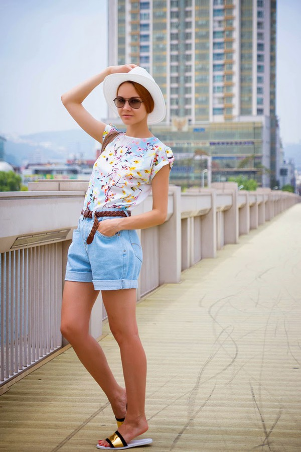 gvozdishe top shoes sunglasses