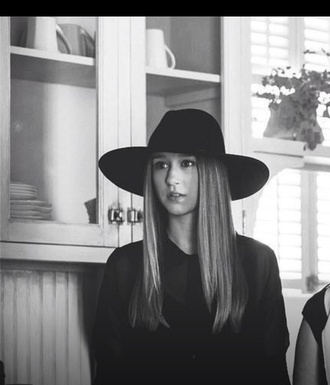 american horror story grunge soft grunge black black hat taissa farmiga violet harmon violet zoe benson ahs coven ahs murderhouse ahs on wednesdays we wear black hat blouse