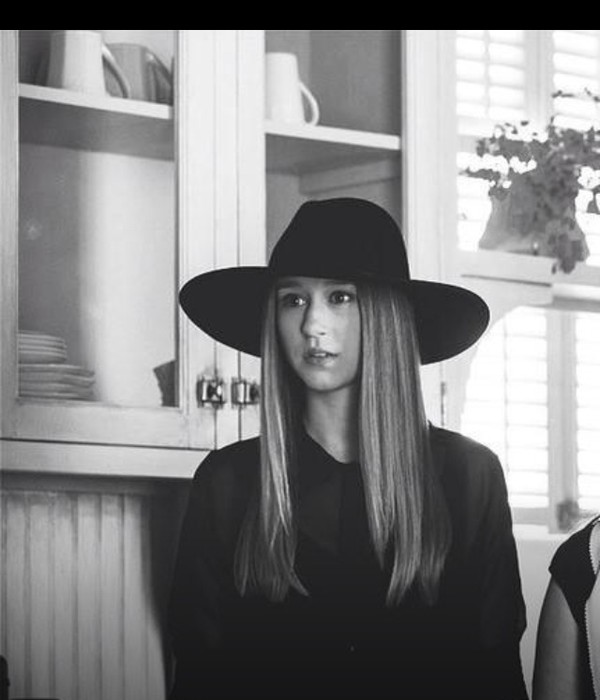 american horror story grunge soft grunge black black hat taissa farmiga violet harmon violet zoe benson ahs coven american horror story ahs murderhouse ahs on wednesdays we wear black hat blouse violet harmon hat