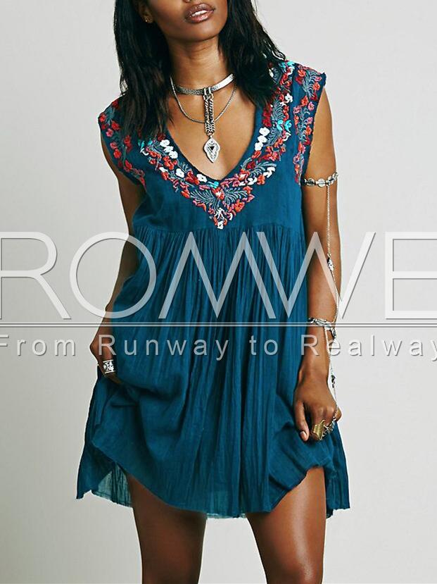 c54b174e1d425 Blue Sleeveless V Neck Tribal Embroidered Dress