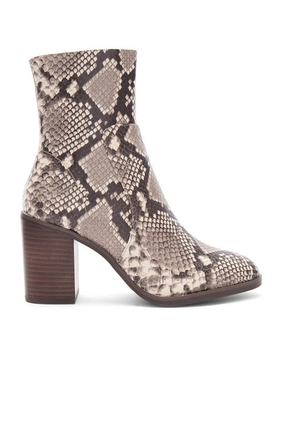 Steve Madden brown shoes