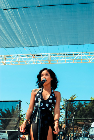 daisy jhene aiko dress
