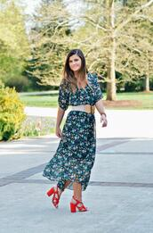 to be bright,blogger,dress,shoes,jewels,midi dress,sandals