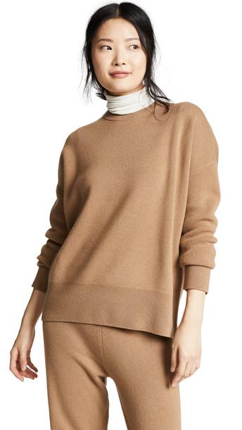 Theory Relaxed Drop Shoulder Sweater in beige / beige