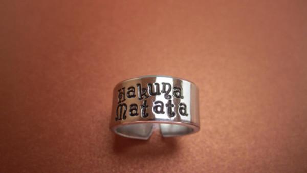 jewels jewelry ring hakuna matata