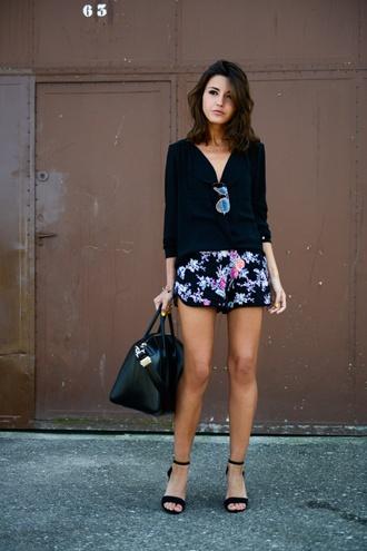 lovely pepa shorts shirt shoes sunglasses bag jewels bright