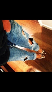 jeans,boyfriend jeans,clothes,shoes,pumps,leopard print,bag