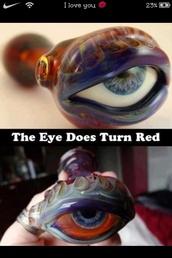 jewels,smoke,high,pipe,eye,cool,cute,weed,swag
