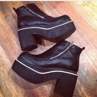black spice girls boots spice girl shoes chunky boots 90s style chunky sole platform shoes platform boots 90s grunge