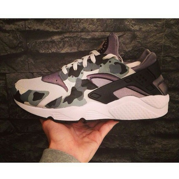 sale retailer 01dc9 add80 shoes nike huarache nike shoes nike air huaraches sneakers camouflage