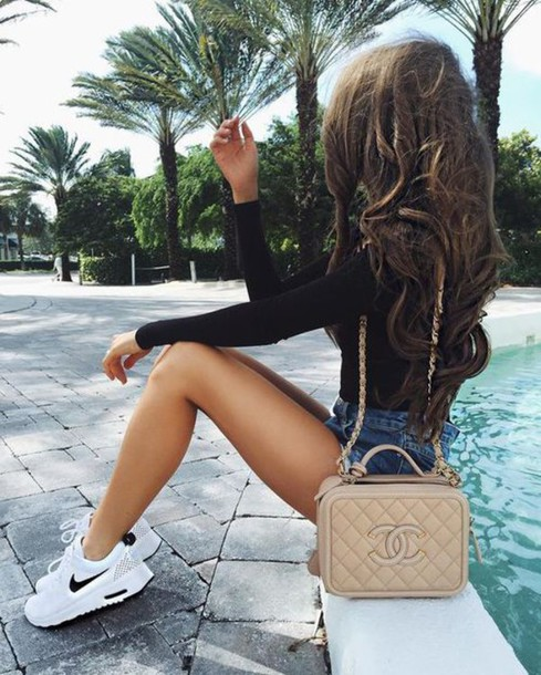 shoes nike air white girl chanel bag sneakers