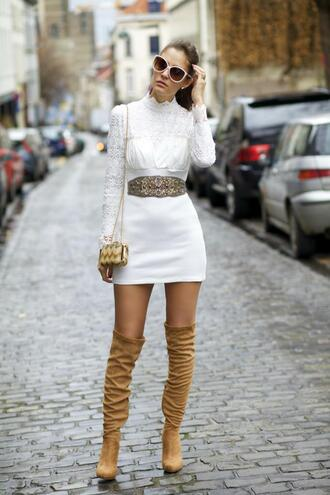 from brussels with love blogger dress knee high boots suede boots white dress waist belt mini bag shoes bag belt