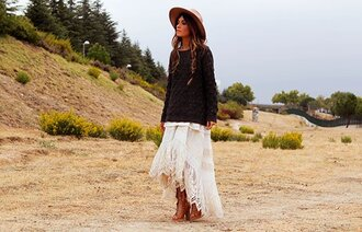 madame rosa blogger skirt sweater shoes hat