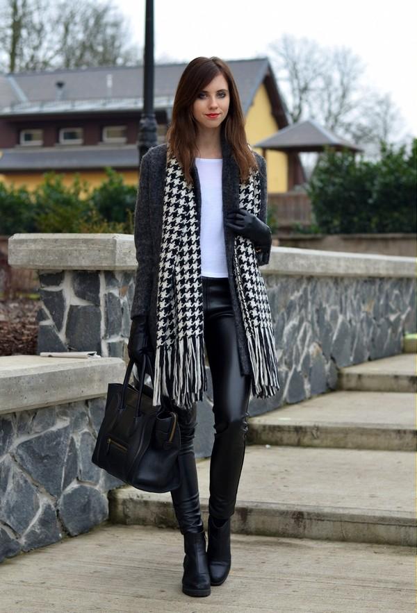 vogue haus t-shirt pants coat scarf shoes bag jewels