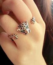 jewels,ring,engagement ring,leopard ring,three finger ring,tiger