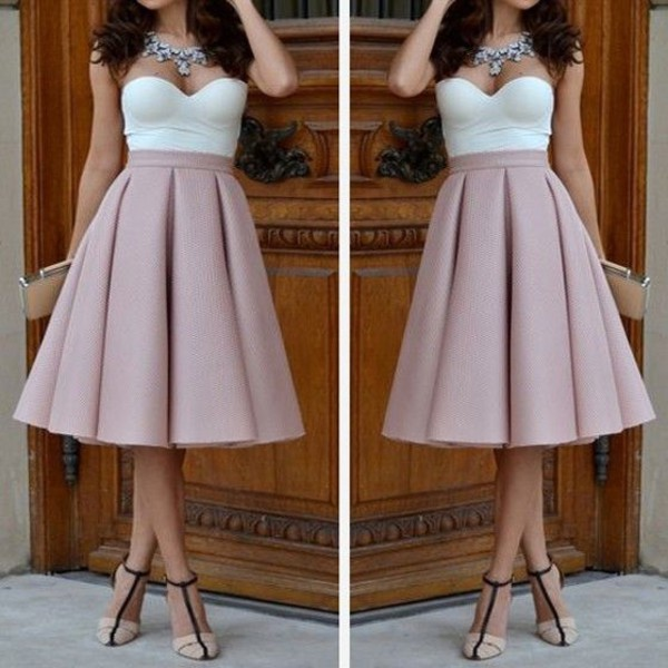 Платья со складками на юбке