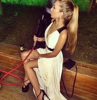 dress black dress white dress black and white maxi dress maxi sexy white dress black heels black stilettos black purse beige dress beige long dress summer dress blue and green tie dye emerald dress emerald green dress emerald green long sleeve dress lo