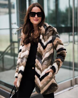 jacket tumblr fur jacket faux fur jacket sunglasses black top black sunglasses