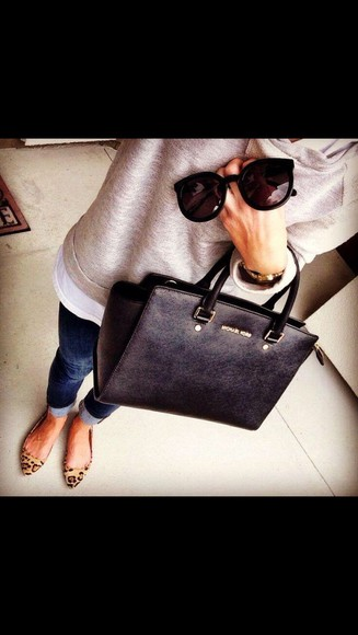 bag jeans black bag sunglasses sweater pumps jumper