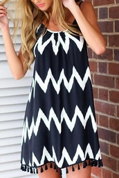 dress,black dress,Ripple Print,print,backless,tassel,splicing,summer,summer dress,dark blue,beach dress,cute,sexy dress,boho dress,maxi dress,prom dress,red dress,black and white,mini dress