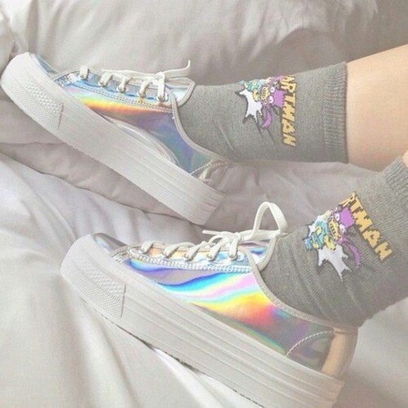 shoes converse underwear batman socks grey socks white holographic platform shoes platform shoes hipster silver shoes silver high heels