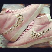 shoes,chaussures,nike,swag,nike blazer,fashion cloud,bag,pink,nike shoes,rose,nike sneakers,white,nieten,adidas,baby pink,studded shoes,high top sneakers