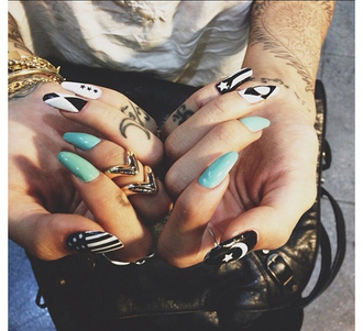 jewels stiletto nails jewelry nails tattoo ring knuckle ring gold midi rings rings and tings gold