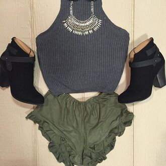 shirt cro ptop basic grey crop top grunge crop tops grey halter top sweater halter top t-shirt ruffle shorts booties black booties fall outfits divergence clothing kylie jenner sweater crop top grey t-shirt basic top halter top 28719