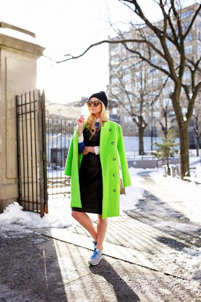 atlantic pacific blogger green coat collared dress coat winter outfits winter dress