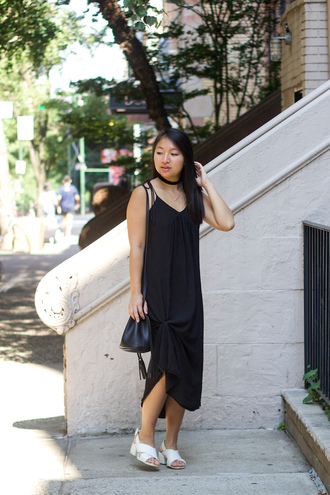 looks by lau blogger dress shoes bag jewels absolutemarket choker necklace black choker black shoulder bag