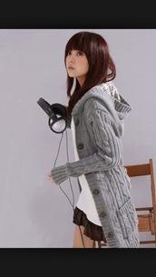 sweater,grey,cardigan,long,coat,cardigan hood,knitwear,warm,cozy,hoodie,fashion,style,long sleeves