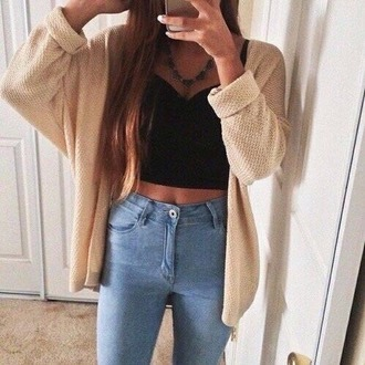 cardigan sweater top high waisted jeans