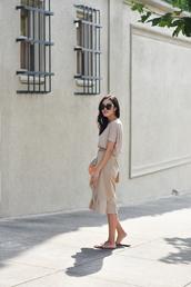 skirt,wrap skirt,ruffle hem skirt,midi skirt,t-shirt,mules,blogger,blogger style