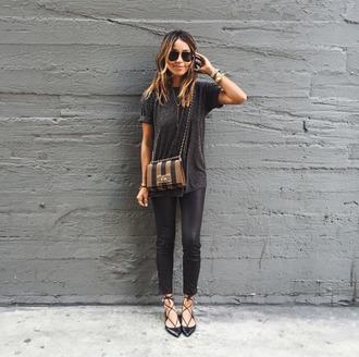 top tumblr t-shirt grey t-shirt leggings black leggings leather leggings flats black flats bag printed bag stripes sunglasses casual chic